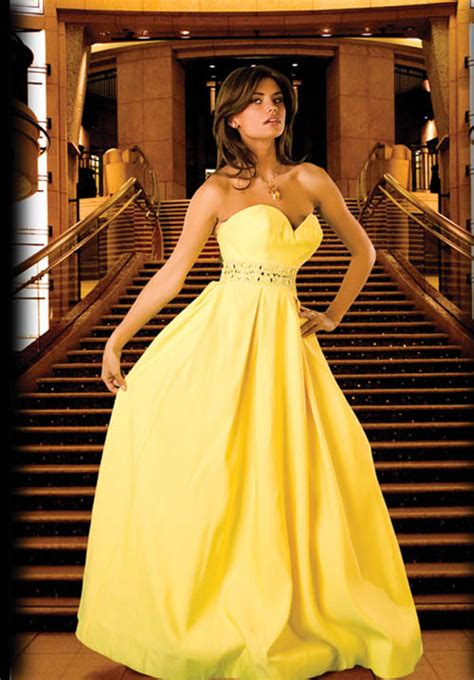 pictures of yellow wedding dresses keeppy yellow wedding dresses