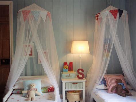 Ikea Bed Tent L Hula Hoops E I Suoi Vari Impieghi Negli Arredi Per I