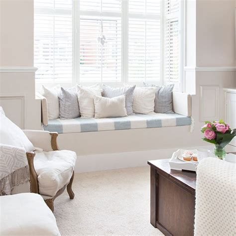 bay window seats how to decorate bay windows good to be home