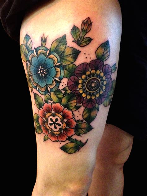 traditional tattoo flowers traditional flower www imgkid the image kid