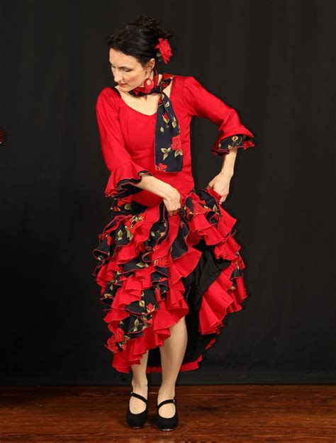 Flamenco Floor by Honorary Fires Up The Floor With Flamenco
