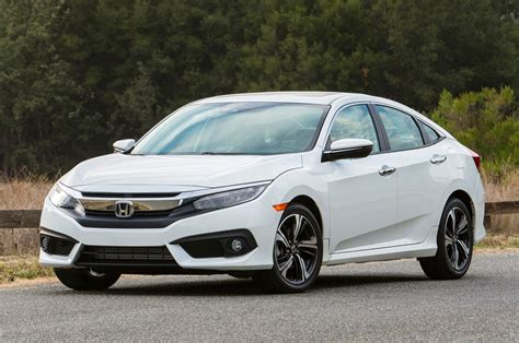 honda civic 2016 2016 honda civic 10 new tech niblets motor trend