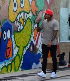 Fashion Wall Murals chris brown joins ron bass to spray paint mural on wall in
