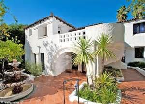 Spanish Style Homes Interior simon helberg buys charlie sheen s mansion for 3million