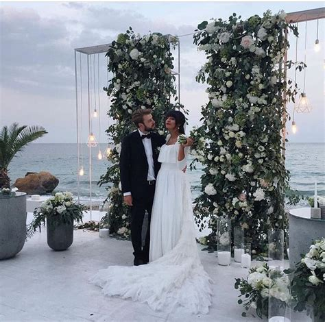 Wedding Backdrop Classes by Best 25 Wedding Stage Backdrop Ideas On
