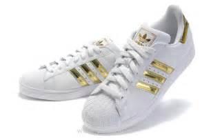 De Las Adidas Originals Superstar 2 Casual Zapatos Azul Beige 096974 Zapatos P 529 by Adidas Originals Superstar 2 Mujer Blancas Doradas Zapatos