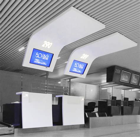 airport info point check in gate rome king roselli