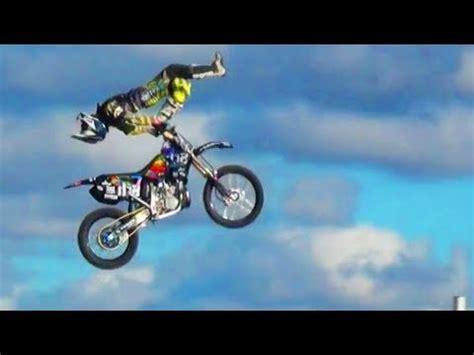 motocross stunts freestyle big air motocross freestyle jumps motox stunts