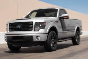 2014 ford f 150 tremor fx4 front view in motion photo 15