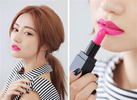 tutorial lipstik remaja kosmetik yang tepat untuk usia 20 an facetofeet com