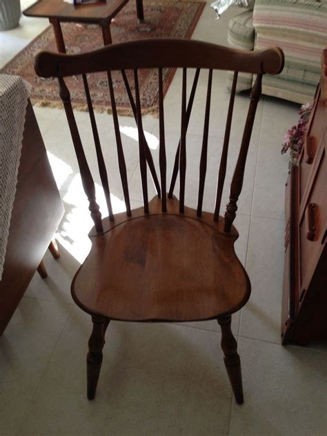 hello we have four kling colonial dining room chairs