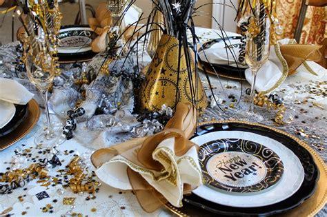 new year dinner celebration decorating amazing black white gold new years