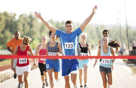 runner line runner prematurely celebrates gets at finish line 171 99 5 wycd detroit