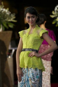 Setelan Kebaya Casual Modern Terlaris 1000 images about traditional modern casual on kebaya jakarta and casual