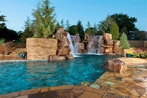 Cool Pools St Louis Homes Lifestyles Amazing Backyards With Pools