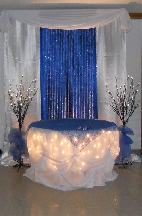 royal blue cake table  wwwdecorativeessentialsnet