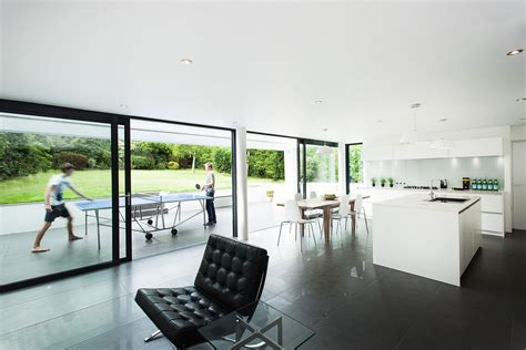 modern interior romsey road house  winchester keribrownhomes