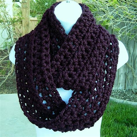 handmade infinity loop scarf purple by michelemade