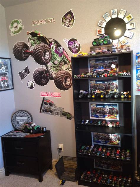 monster bedroom 1000 ideas about monster truck bedroom on pinterest