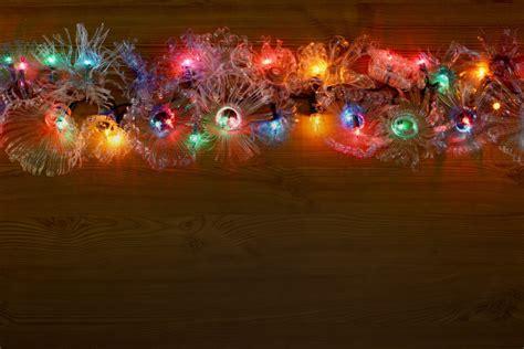 addobbi natalizi con bicchieri di plastica come realizzare addobbi natalizi con le bottiglie di