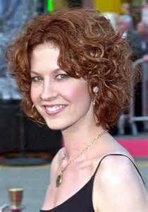 naturally curly hairstyles for 50 short curly hairstyles for frizzy hair archives women
