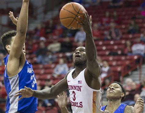 late  throws give unlv   win  air force video las vegas review journal