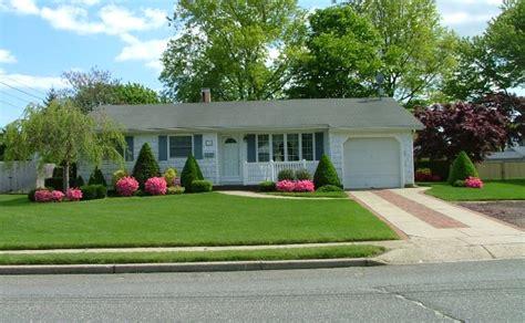 kumpulan taman halaman rumah minimalis cantik model denah rumah dan desain gambar interior