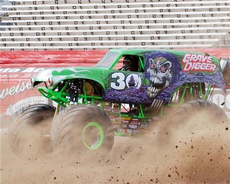 monster truck racing schedule 133 best images about monster trucks on pinterest 4x4