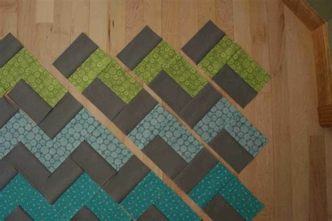 Easy Zig Zag Quilt Pattern by Chevron Without Triangles Quilting Tutorials