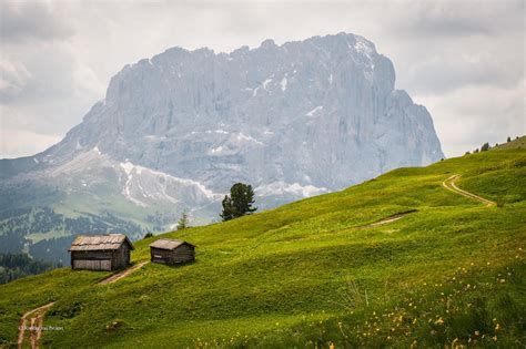 dolomite mountains romantic hiking tour dolomites hiking dolomite mountains
