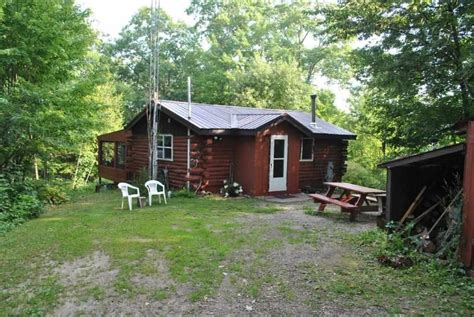 2 bedroom cabins for sale secluded 2 bedroom cabin on aprox 22 acres small home