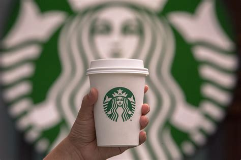 Home Design Group by Starbucks Is Going To Sell Alcohol In Canada