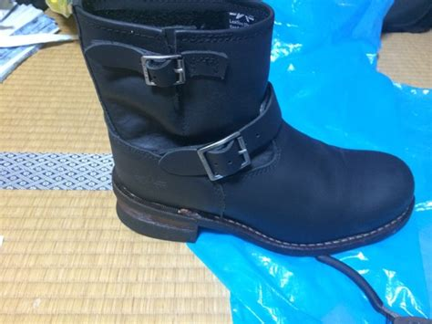Got Herself A New Pair Of Boots by ブーツを購入 I Got A New Pair Of Boots オートバイ トミーワールド