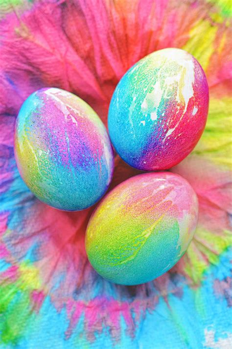 easy dyes for easter eggs tie dye easter eggs simple tie dyed easter eggs using