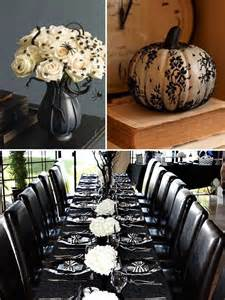 Nightmare Before Christmas Wedding Centerpieces - 5 whimsical spooky halloween wedding ideas for autumn