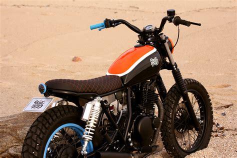 Suzuki Scrambler Motorcycle Suzuki Gn250 Tracker By Trintaeum Motorcycles Bikebound