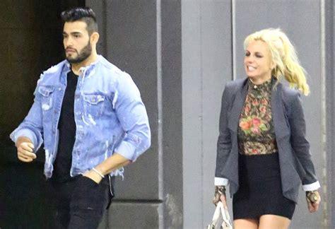 Britneys New Boy Toys A Spender by Dating Hunky Boy Magazine