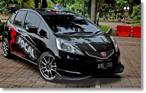 Modification Mobil Sport by Modifikasi Mobil Honda Jazz Vtec Sport Idsi 2005 2006 2012