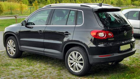 volkswagen tiguan black 2010 2010 volkswagen tiguan pictures information and specs