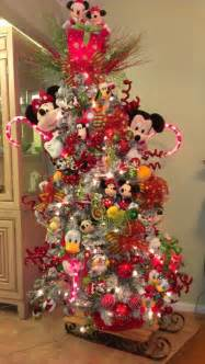 best 25 mickey mouse christmas tree ideas on pinterest