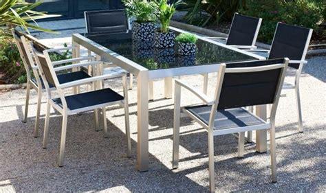 mobilier de jardin en salon de jardin 6 places alu et verre pacific mobilier de jardin en aluminium