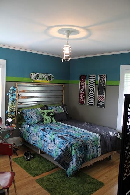 skateboard themed bedroom 1000 ideas about boys skateboard room on pinterest