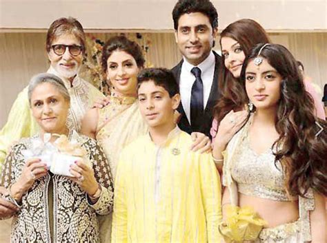 Joint Ki All New spotted the bachchan family at a wedding