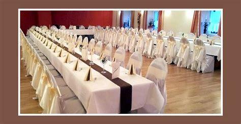 Tische Hochzeit Dekorieren by Braun Wei 223 E Hochzeitsdekoration Der Tische