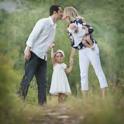 1000 images about family photos on pinterest family pictures families and family posing