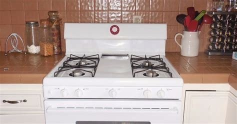 Painting Kitchen Counters and Back Splash Makeover   Hometalk