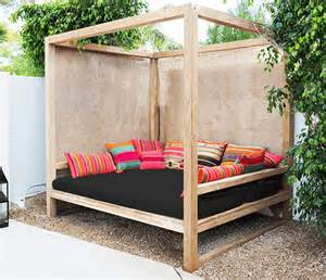 Outdoor Daybed Designs Diy 25 Money Saving Diy Backyard Projects To Transform Your