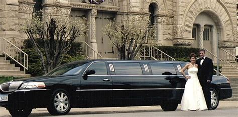 Wedding Limo Service by Wedding Limo Service Des Moines Limousines And Buses