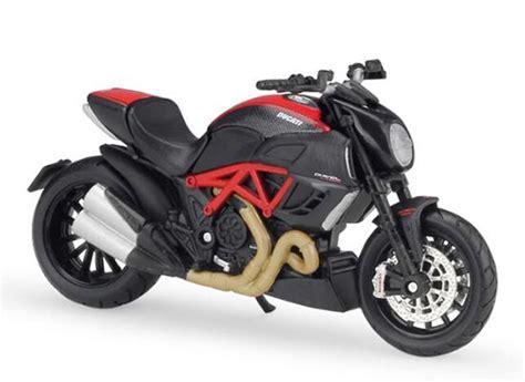Kacamata Scaple Black Ducati 1 18 scale black maisto diecast ducati diavel model nm01b297 ezmotortoys