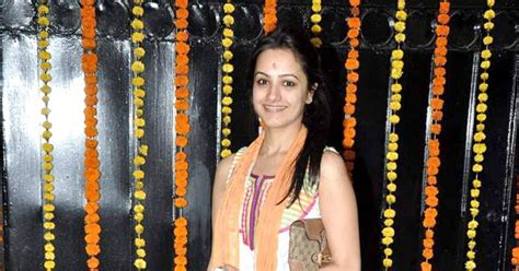 actor ganesh puja jeetendra celebrates ganesh chaturthi indian cinema